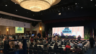 2018 West Coast Casualty Construction Defect Seminar Hall with Chandelier